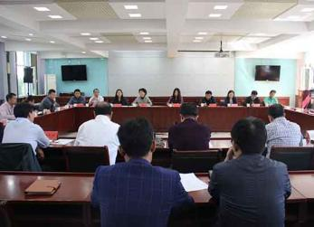 北京西城区商务委员会来我县考察