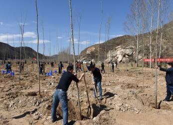 丰宁义务植树活动助力京津冀水源涵养功能区建设